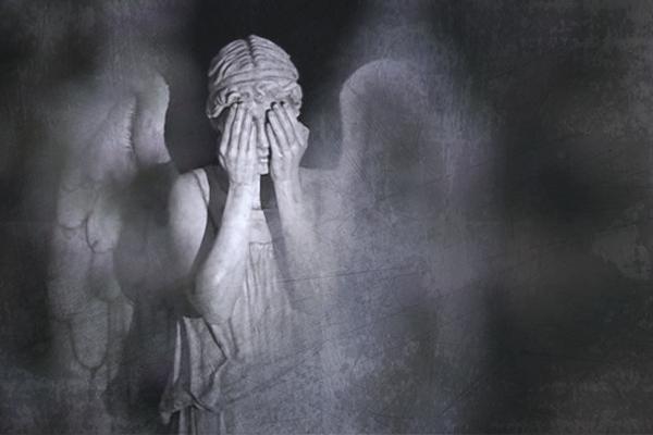 страшный плач