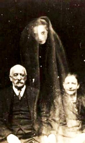 страшное привидение