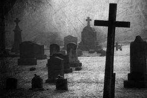 страшное кладбище