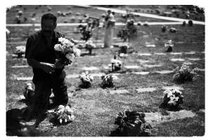 страшно на кладбище